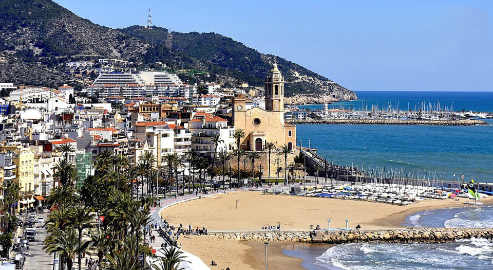 Sitges an ideal place to invest in properties la clau group - Fincas la clau ...